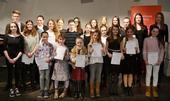 «Mutige Schüler mit stolzen Preisen« - Artikel zum Preisträgerkonzert des Sparkassenmusikwettbewerbs am 13. März
