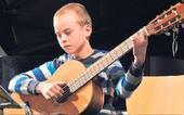 «Großer Auftritt junger Talente« - Artikel zum Preisträgerkonzert des Sparkassenmusikwettbewerbs vom 2. April 2017