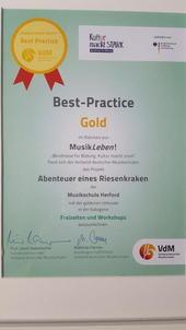 «Best Practice Gold« - Auszeichnung der Musikschule Herford im Rahmen der Bundesförderung »Kultur macht stark«!<br><br>