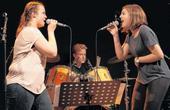 «Den Rockstars auf der Spur« - Artikel der «NW« zu «Musikschule rockt« am 30.09.2017<br>